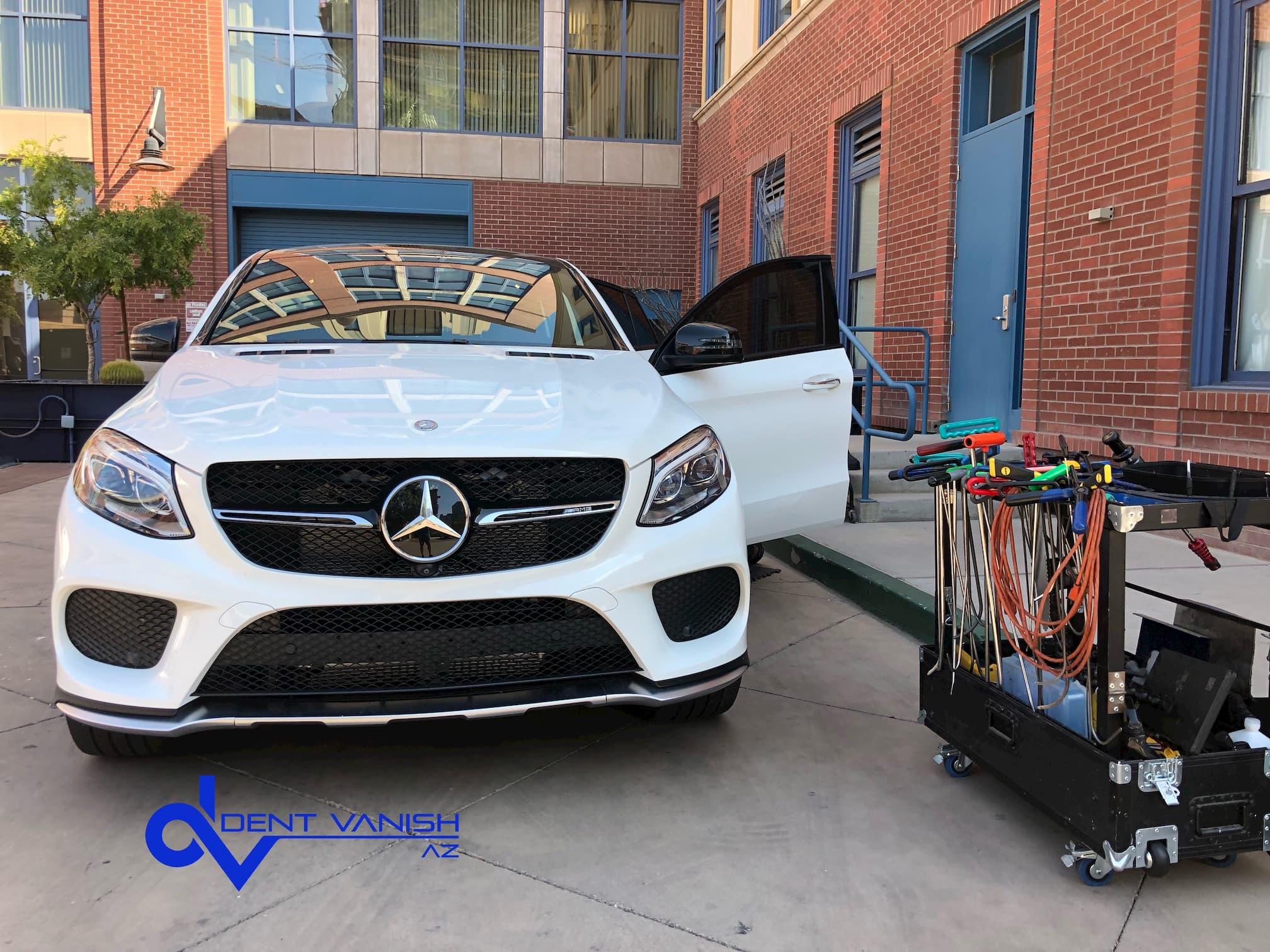 Mobile Paintless Dent Repair (PDR) service. Phoenix, AZ